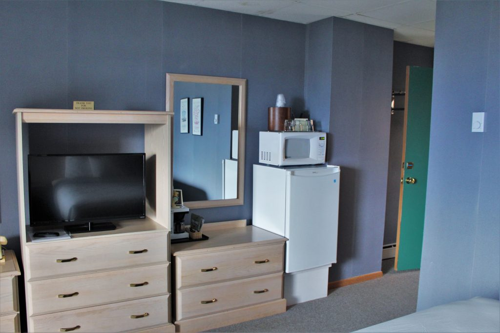Fridge, microwave and coffee pots available in your rooms.