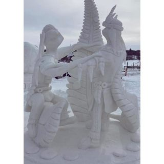 And the winners🏆 of the U.S. National Snow Sculpting Competition were.....  Tribal Dance from a Wisconsin team  🥇1st Place in People's Choice  🥉3rd Place for the Championship  Inoculation from a Wisconsin team 🥈2nd Place in People's Choice 🥇1st Place for the Championship  The Power of the Minds Eye from Florida 🥉3rd Place in People's Choice 🥈2nd Place in the Championship  What do you think?? Would you have picked one of them?